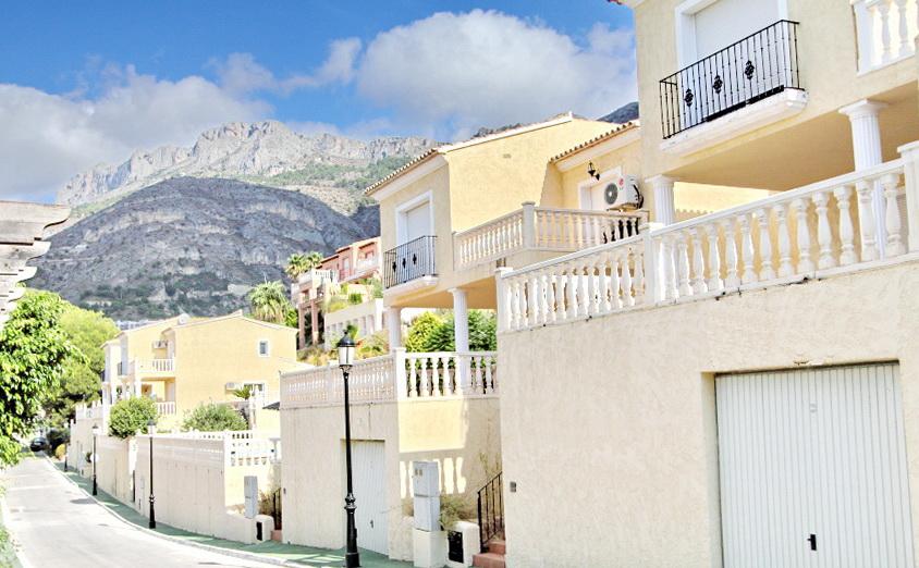 Недвижимость в испании в алтее хилс