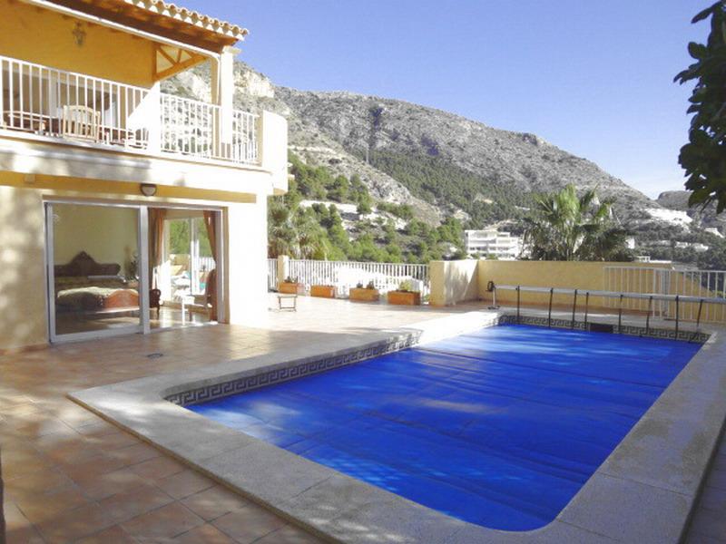 Недвижимость в испании es